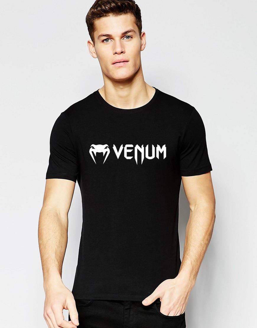 Футболкав стиле VENUM чёрная мелкий значёк белый