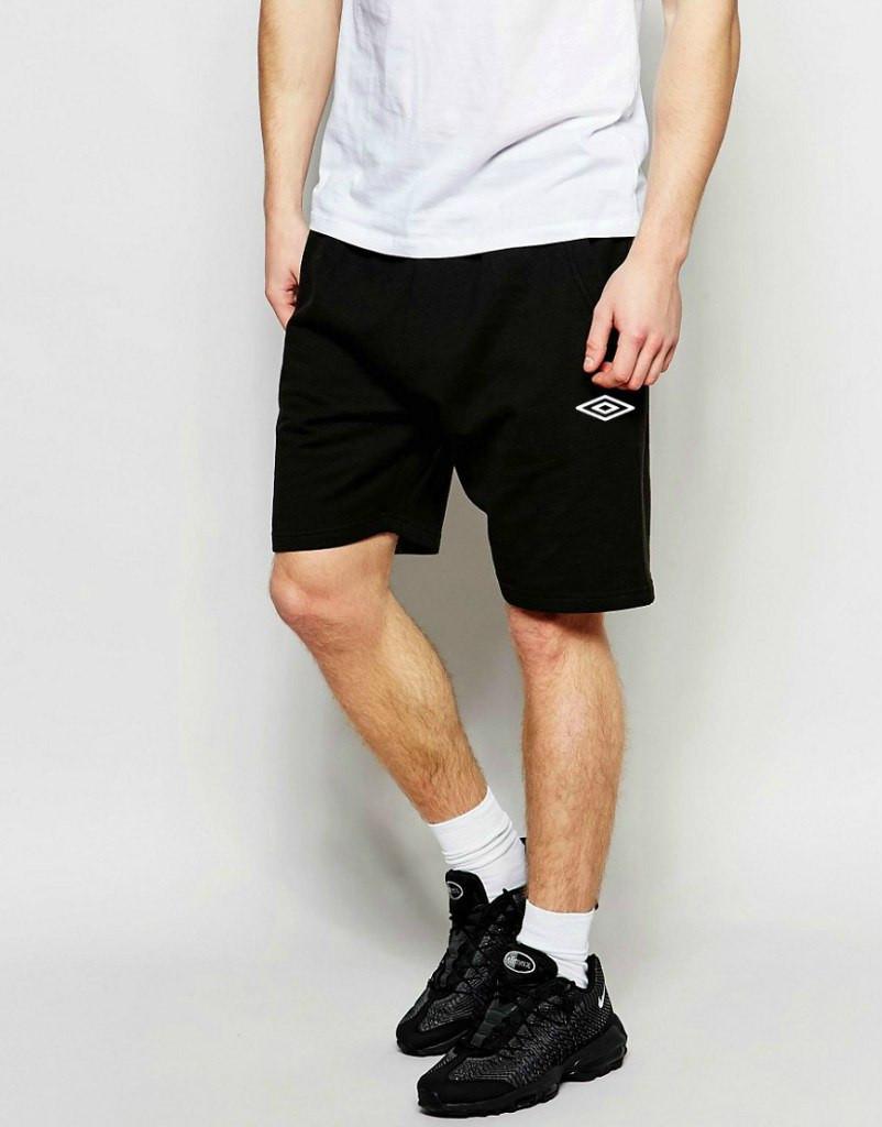 Шортыв стиле Umbro ( Умбро ) мужские чёрные белый значёк