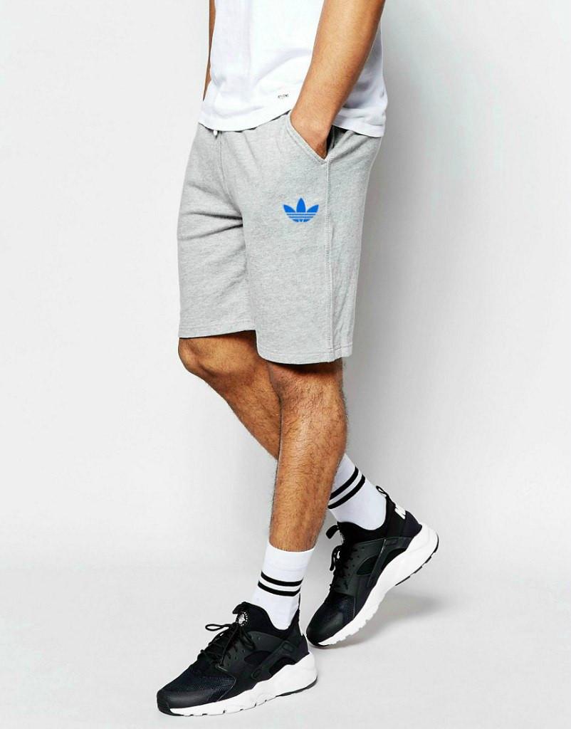 Шорты Adidas ( Адидас ) серые трикотажные синий цветок