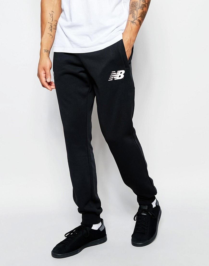 Мужские спортивные штаны NEW Balance   Нью Беланс чёрные белый значёк