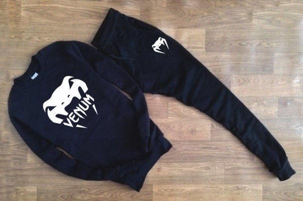 Мужской чёрный костюм VENUM крупное лого
