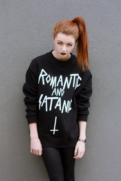 Жіночий Світшот Romantic and satanic Кофта ( Чорний )