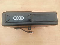 Оригинальный cd-челенжер Audi 100 A6 C4 91-97г