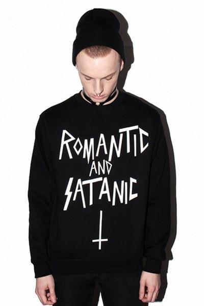 Свитшот черный мужской ROMANTIC AND SATANIC | Кофта