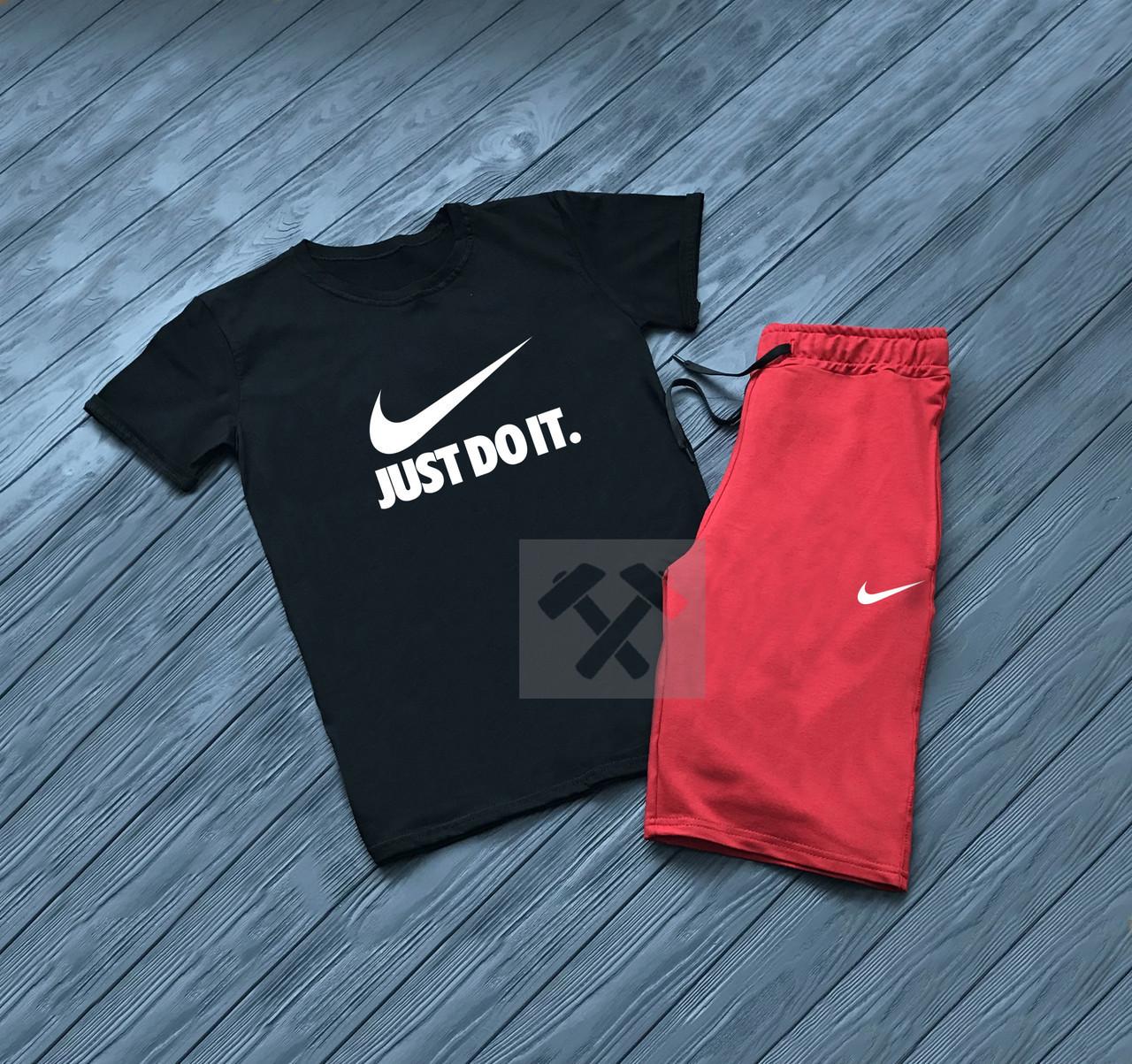 Мужской комплект футболка + шорты Nike черного и красного цвета