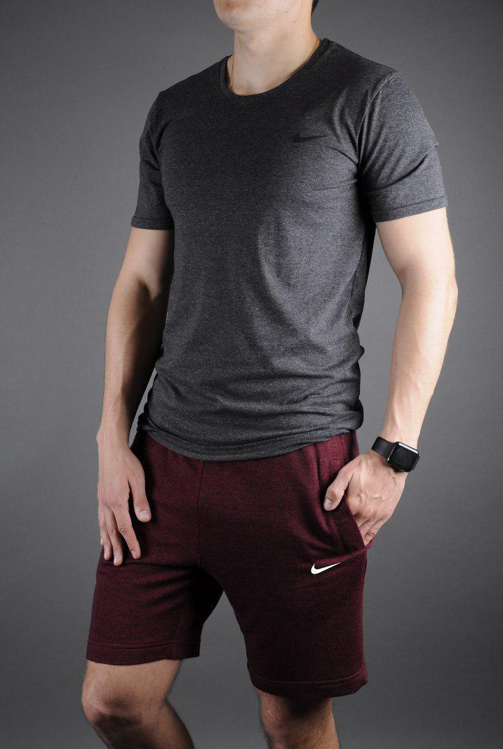 Мужской комплект футболка + шорты Nike серого и красного цвета