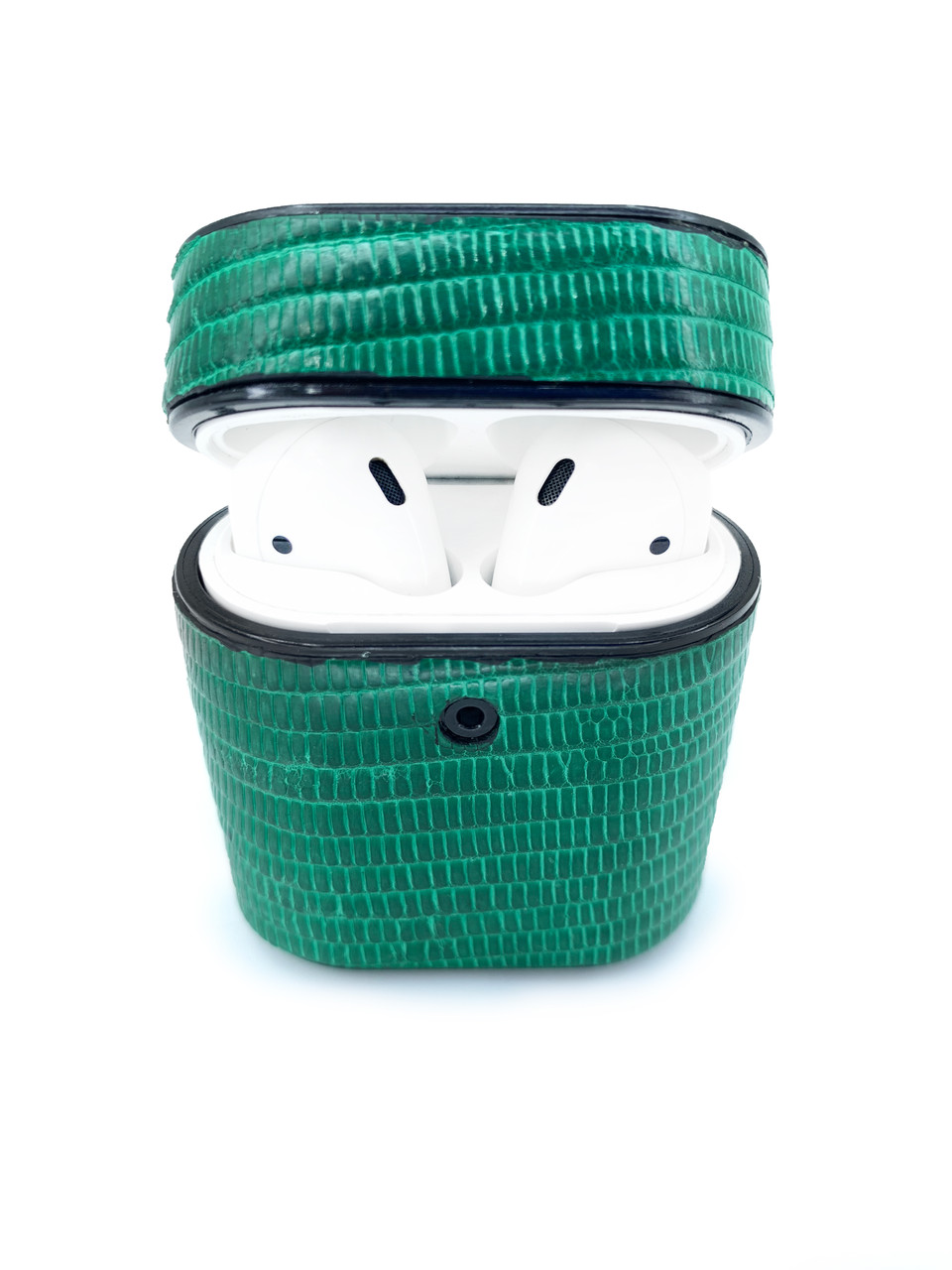 Чехол для AirPods 1/2 зелёного цвета из кожи Игуаны