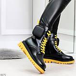 Дизайнерские яркие черные женские ботинки с кошельками на желтой шнуровке, фото 5