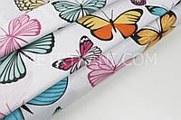 """Бязь постельная """"Цветные бабочки"""" на белом фоне, ширина 220 см 135 г/кв.№ 1-168"""