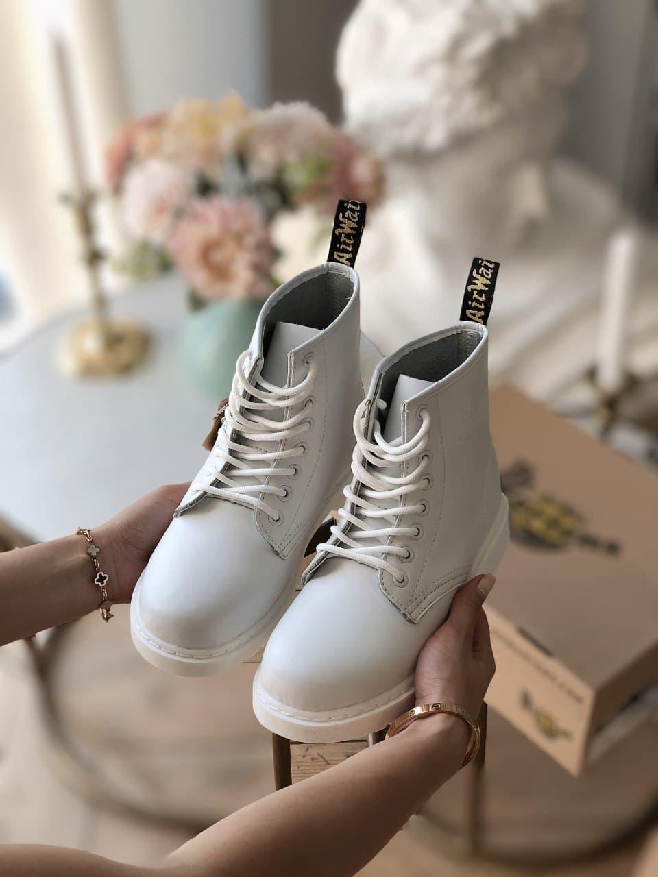Женские ботинки Dr.Martens на меху белые(копия)