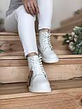 Женские ботинки Dr.Martens на меху белые(копия), фото 7