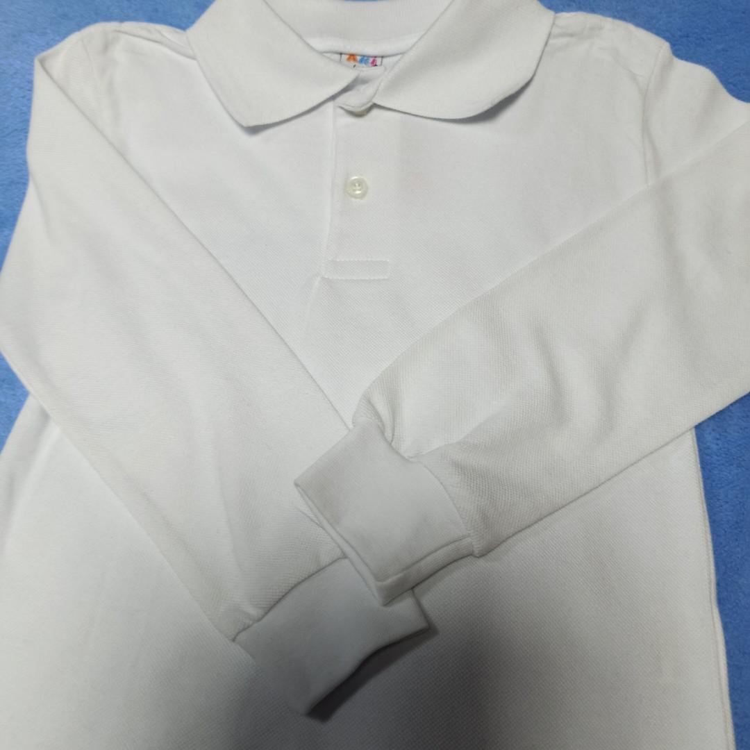 Рубашка модная  красивая нарядная трикотажная для мальчиков белого цвета. Рукав на манжете. Низ ровный.