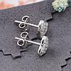 Серебряные серьги гвоздики размер 7х8 мм вставка белые фианиты вес 1.4 г, фото 3