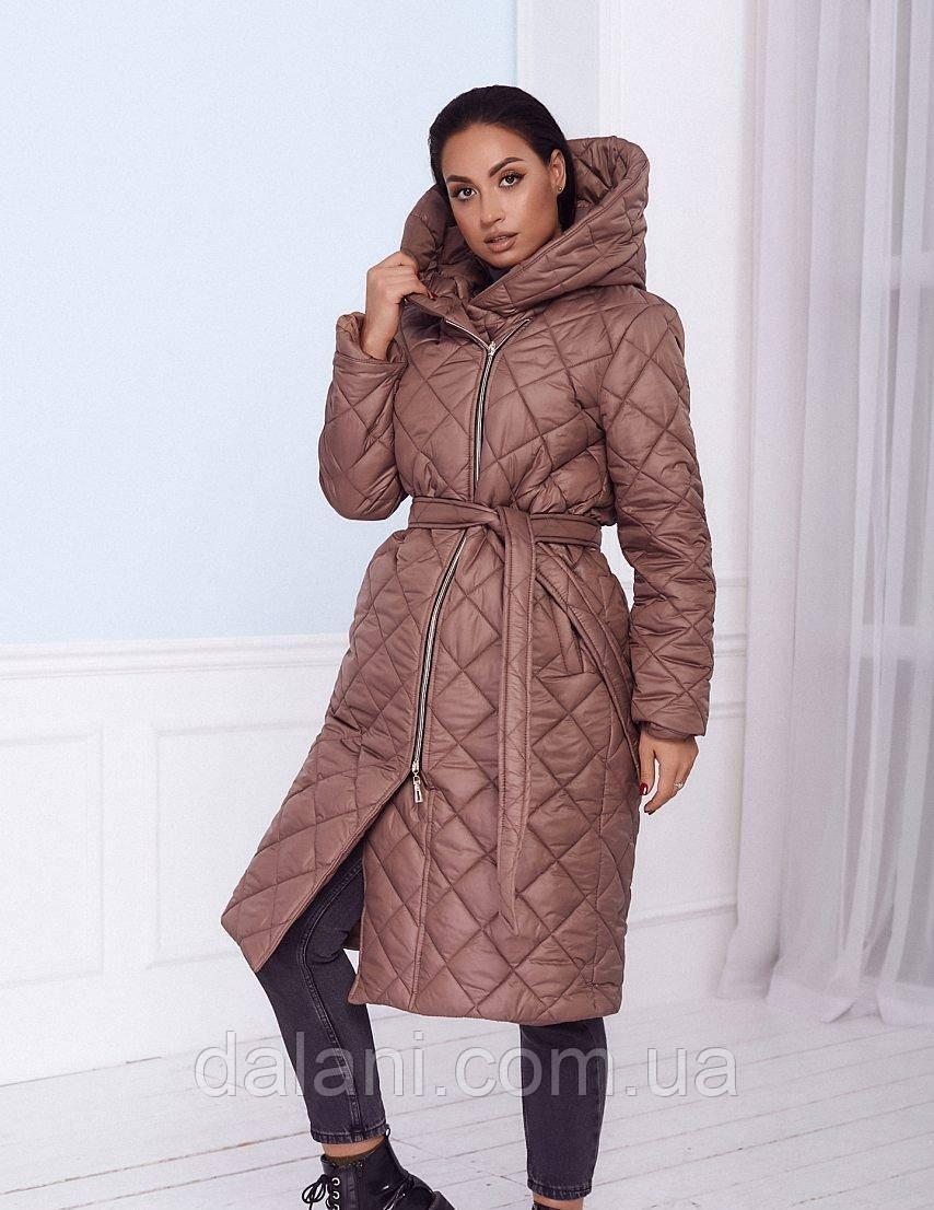 Женская дутая удлинённая бежевая куртка на синтепоне батал