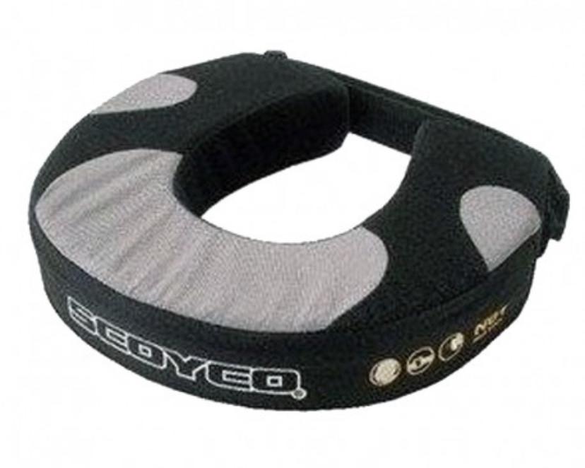 Защита шеи Scoyco под шлем кроссовый эндуро