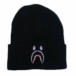 Зимняя тёплая шапка чёрного цвета с акулой мужская женская унисекс