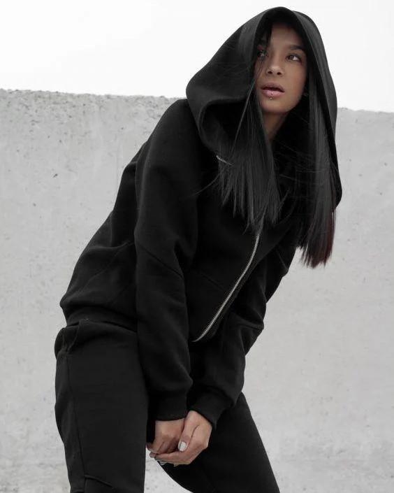 Женский теплы костюм из трехнитки на флисе черного цвета 42 размера