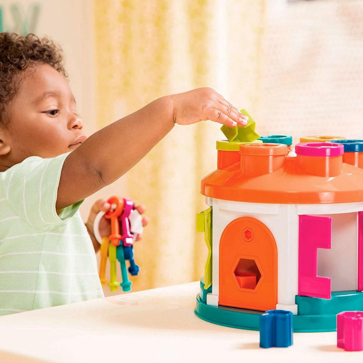 Розвиваюча іграшка-сортер - РОЗУМНИЙ БУДИНОЧОК (12 форм), BT2580Z
