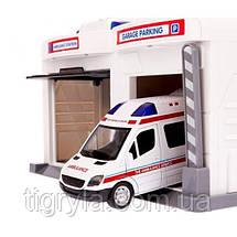 Детский гараж для машинок Скорая помощь, фото 3