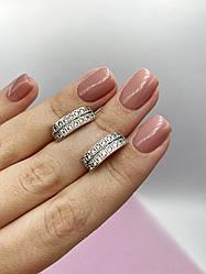 Срібні сережки з розсипом каміння
