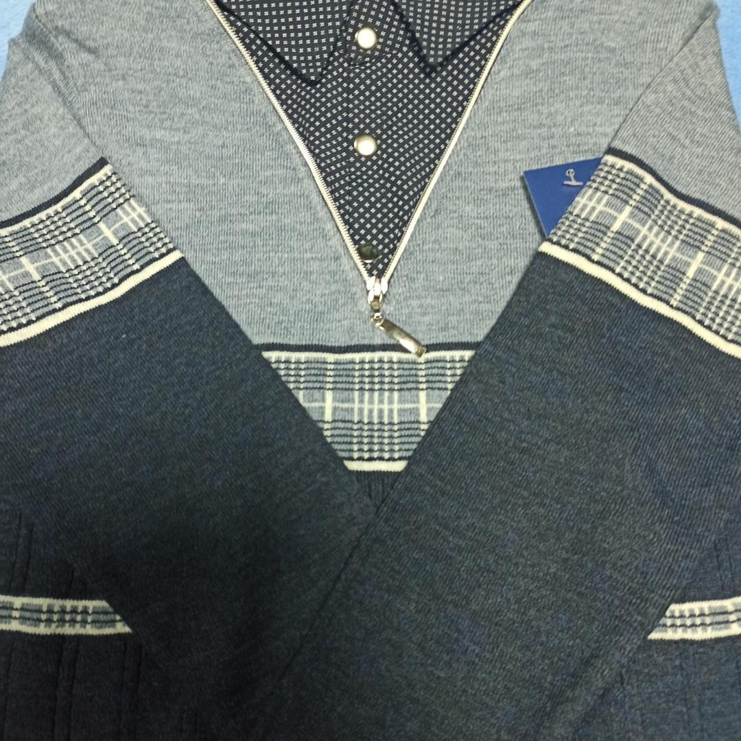 Джемпер- обманка модный красивый нарядный трикотажный для мальчика. Воротник- рубашечная ткань.