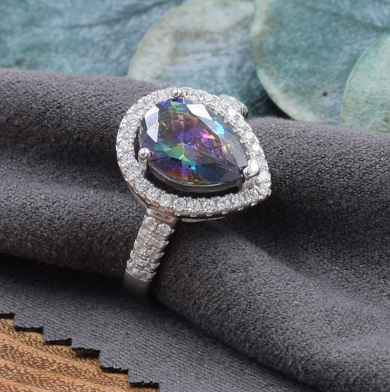 Серебряное кольцо размер 19 вставка фианит мистик вес 3.7 г