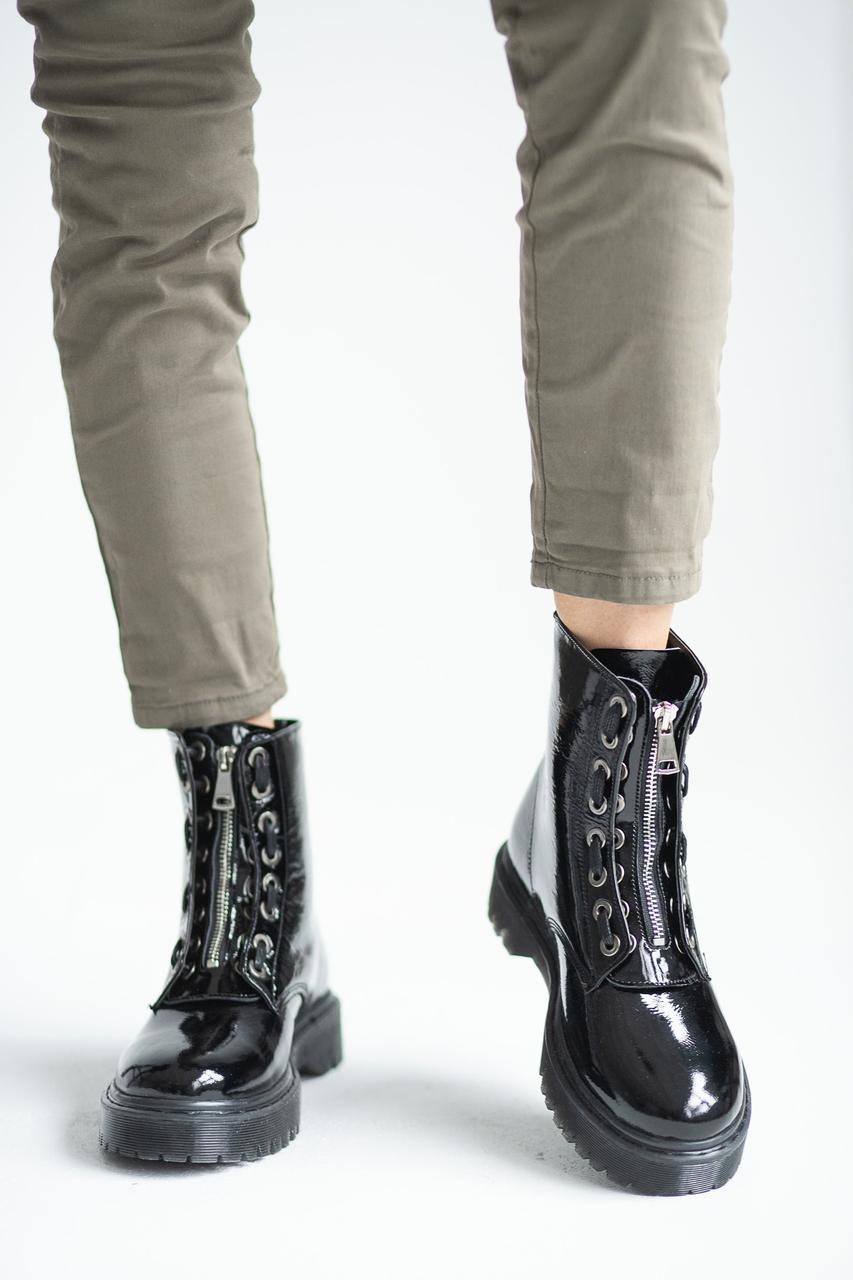 Женские ботинки кожаные весна/осень Yuves 128 лаковые