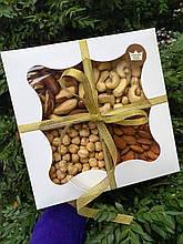 Подарочный набор орехов 500 г