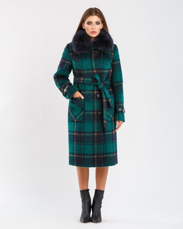 Зимнее пальто зеленое в клетку с мехом