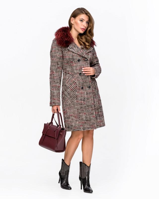 Пальто с мехом клетка бордо