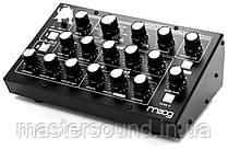 Синтезатор Moog MINITAUR REV 20