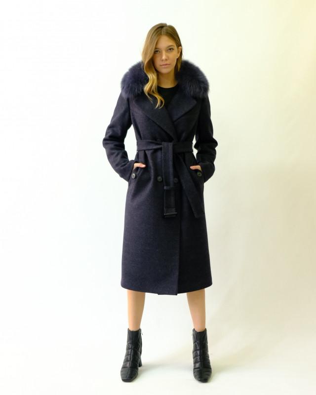 Зимнее пальто темно-синее с мехом