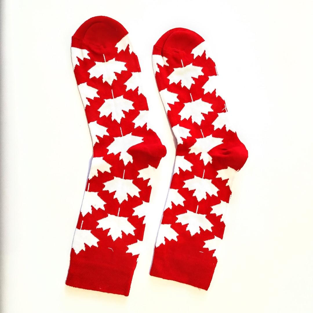 Носки высокие с принтом флаг Канады красные 37-43