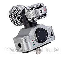 Мобильный микрофон Zoom iQ7