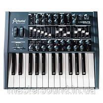 Аналоговий синтезатор Arturia Minibrute
