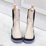 Модельные высокие бежевые Женские ботинки челси с эластичными вставками по бокам, фото 3