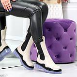 Модельные высокие бежевые Женские ботинки челси с эластичными вставками по бокам, фото 9