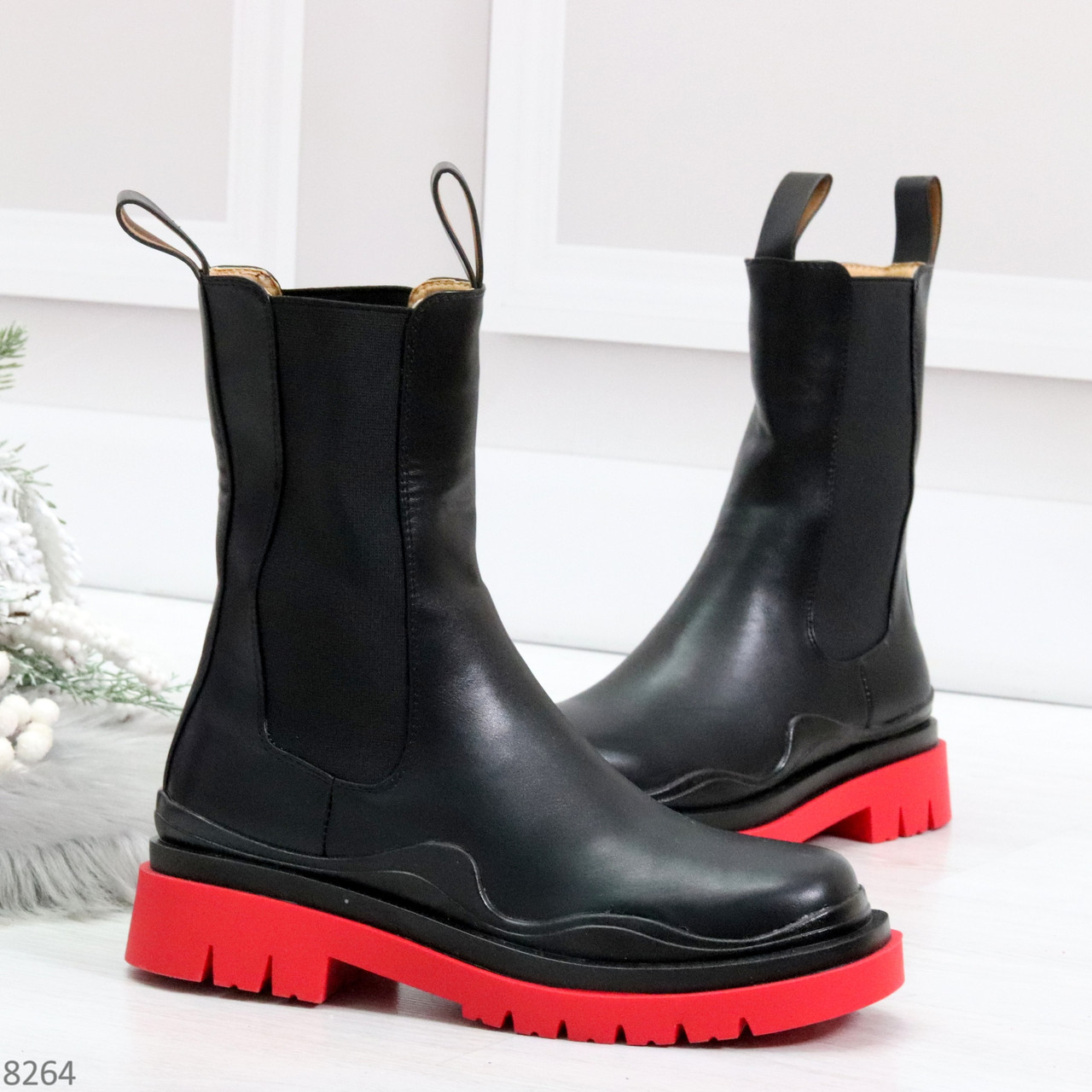 Модельные высокие черные Женские ботинки челси на красной подошве