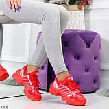 Яркие повседневные текстильные красные женские кроссовки на шнуровке, фото 5
