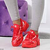 Яркие повседневные текстильные красные женские кроссовки на шнуровке, фото 6