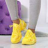 Яркие повседневные текстильные желтые женские кроссовки на шнуровке, фото 4