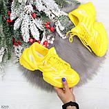 Яркие повседневные текстильные желтые женские кроссовки на шнуровке, фото 7