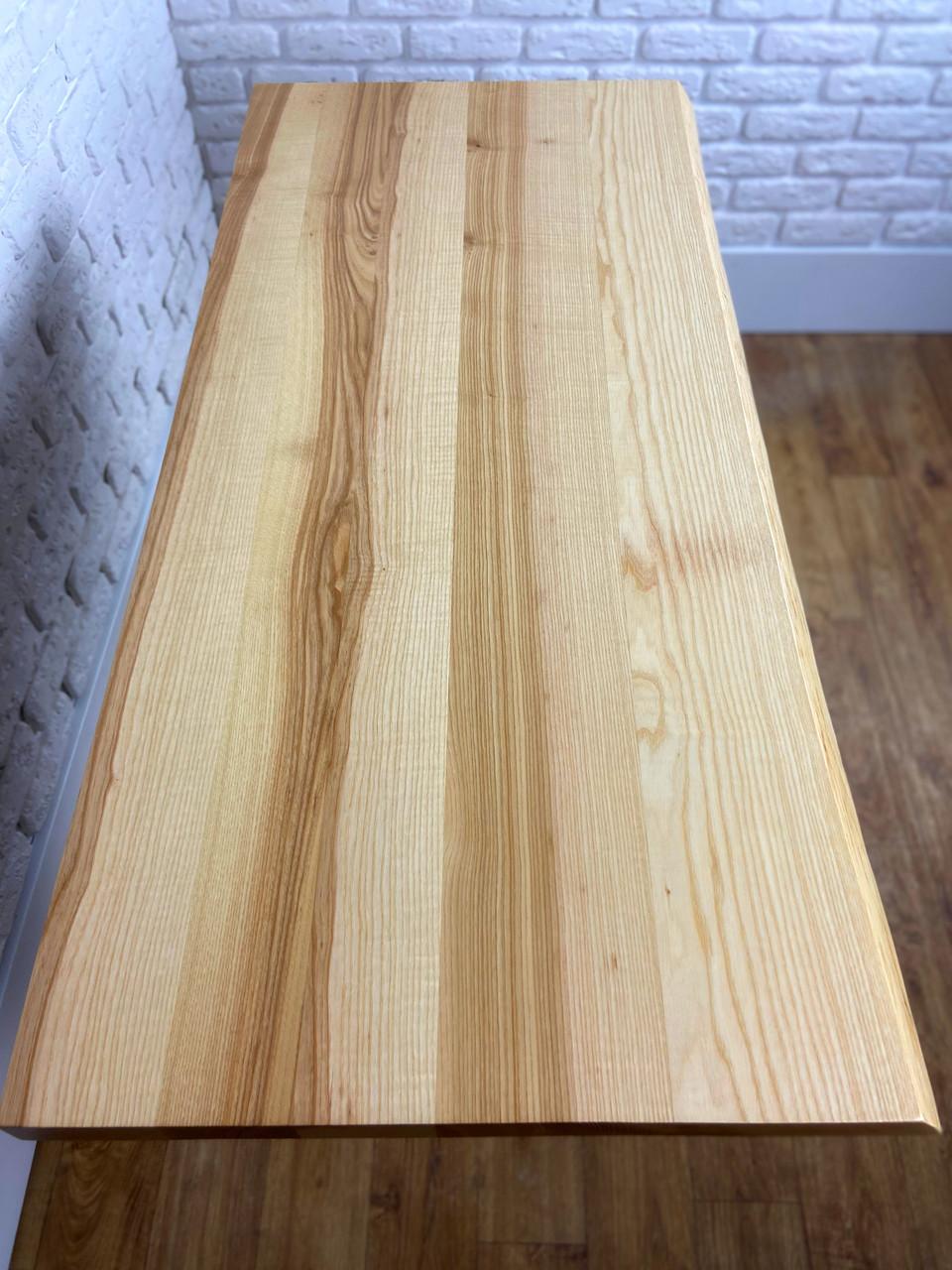 Живой край кухонных столешниц из массива дерева