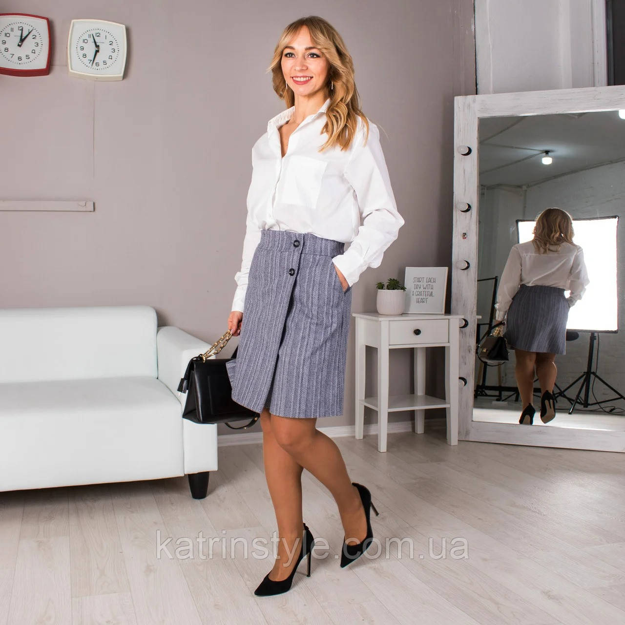 Молодёжная юбка на запах из плотного кашемира «Саша» (44-52р)
