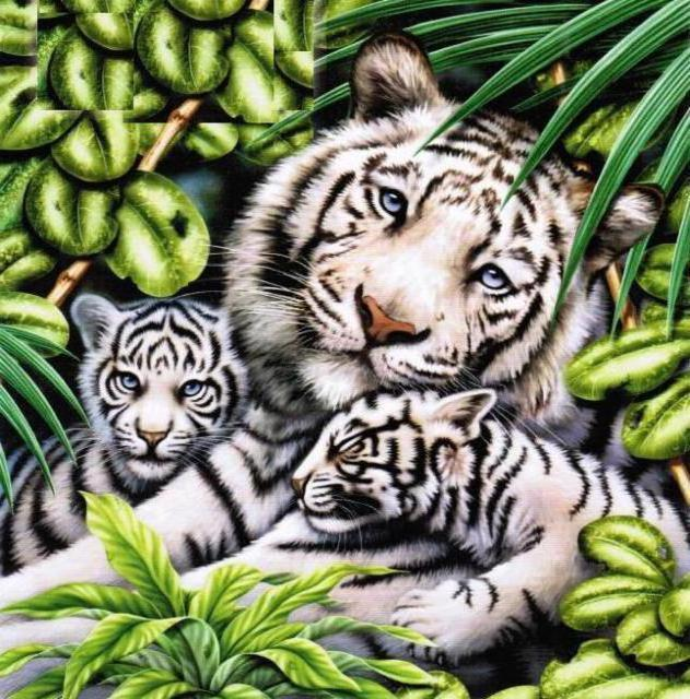Алмазная мозаика Белая тигрица с тигрятами DM-283 40х40см Полная зашивка. Набор алмазной вышивки