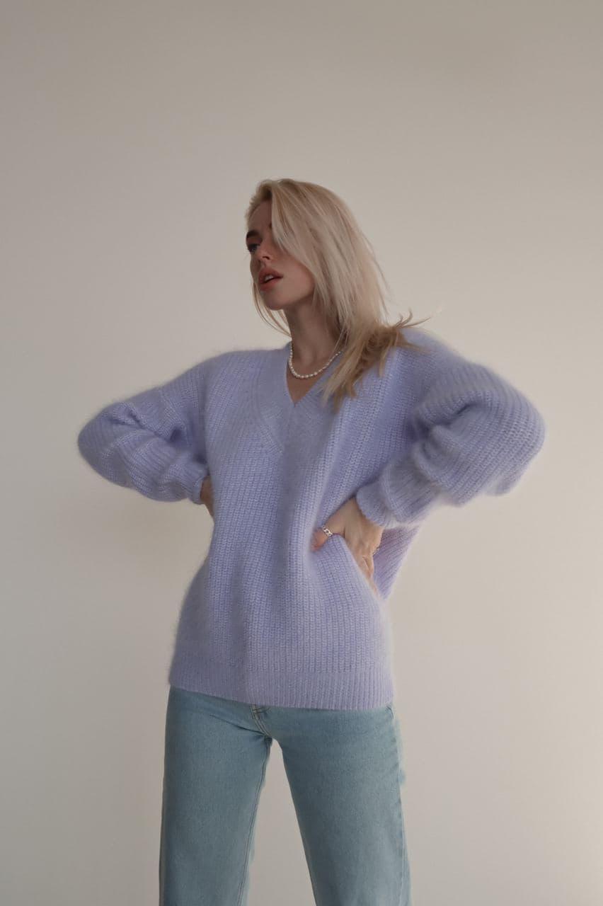 Жіночий светр ангора голубий