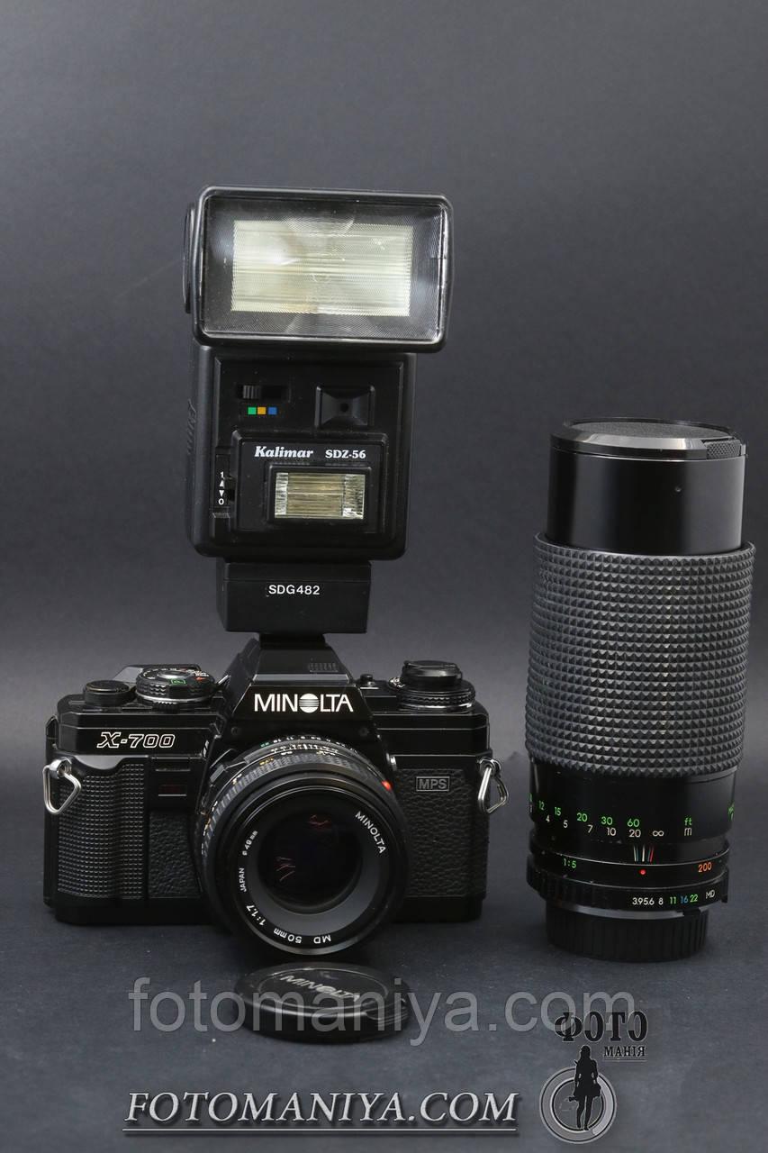 Minolta X-700 kit MD 50mm f1.7 + Ritzcam MC 80-200mm f3.9 + Flash