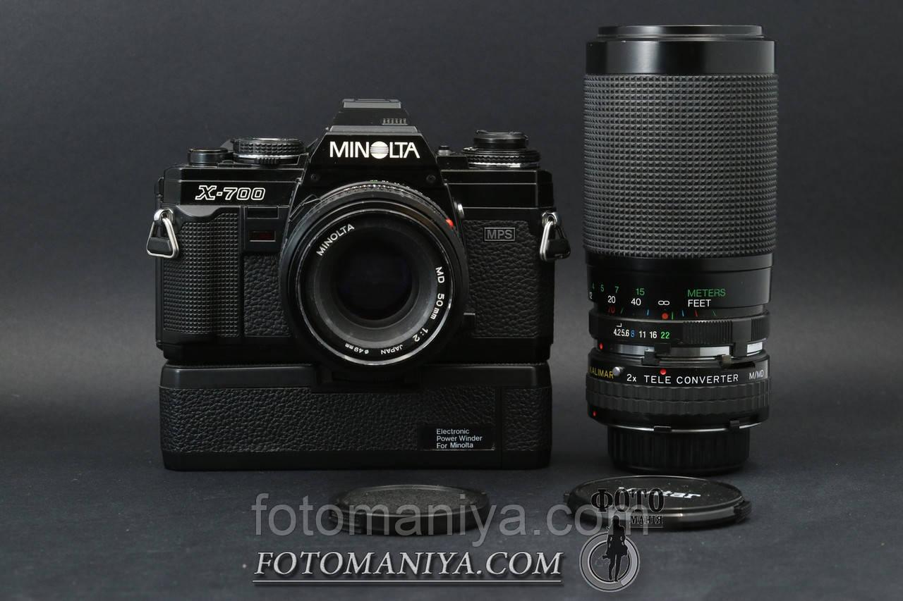 Minolta X-700 kit MD 50mm f2.0 + Vivitar 70-300mm f4.2-5.8 + teleconverter + Power Vinder