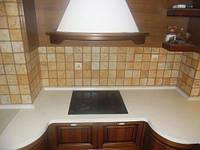 Замена кухонной столешницы. Врезка мойки, варочной поверхности.