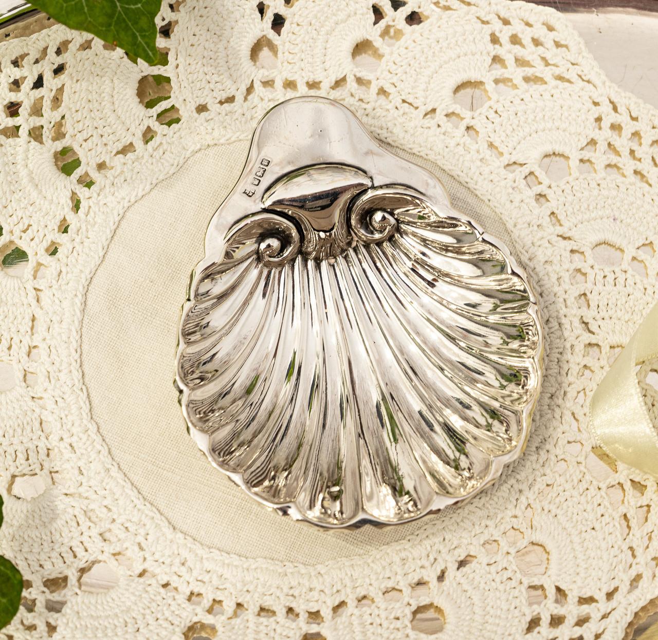 Серебряная икорница, ракушка, серебро 925 пробы, столовое серебро, James Deakin, 1909 год, Англия, Sheffield